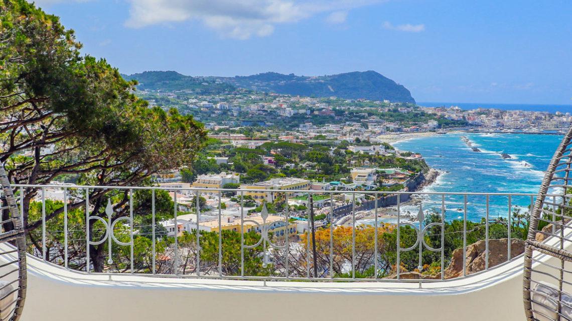 Perchè soggiornare in località Punta Caruso – www ...